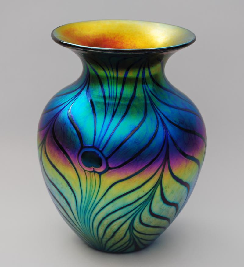 Lundberg Studios Art Glass