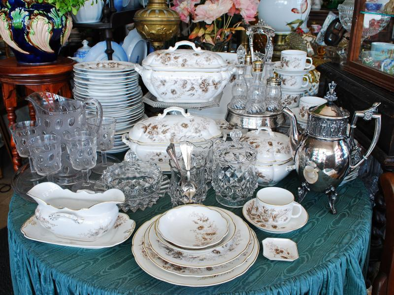CARLSBAD Austrian ironstone dinnerware pattern glassware and silverplate circa 1880. & Silver Quill Antiques and Gifts - China and Glass Tableware c.1880